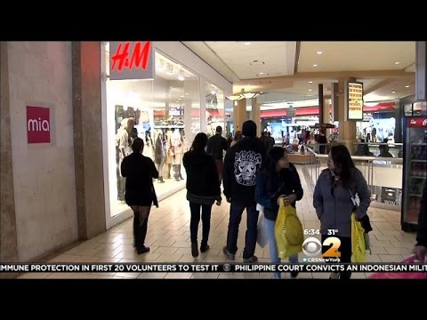 Shoppers storm NYC stores for early Black Friday deals