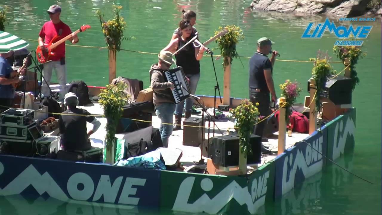 13.08.16 concerto dei lou dalfin sul lago terrasole