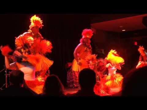 Hawaiian Show at HU KE LAU