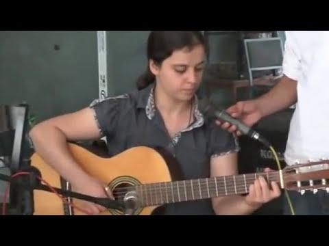 Berfin Aktay'dan Canda Kürtçe (Yok böyle bir ses)