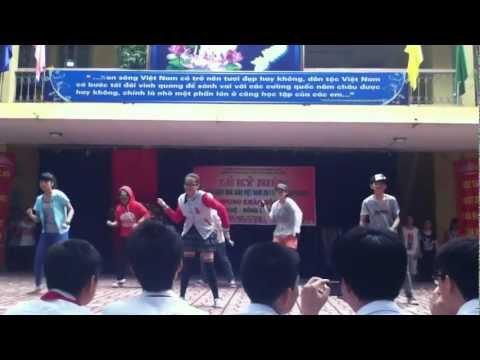 [THCS Cầu Diễn] 9a3 nhảy chào mừng ngày 20-11-2012
