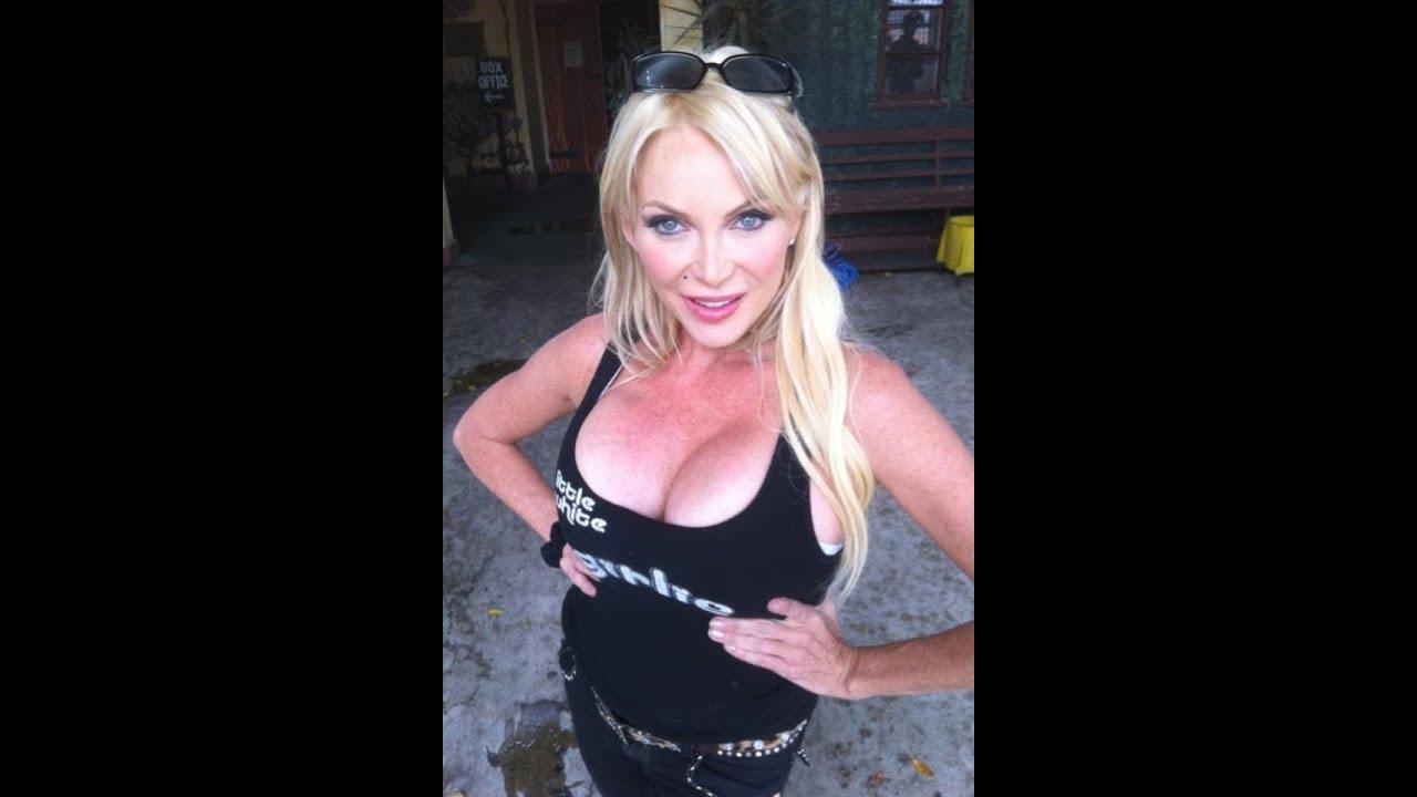 Shelley Michelle Nude Photos 87