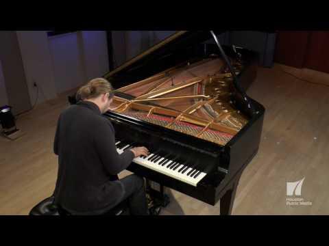 Pianist Denis Kozhukhin: Prelude in b minor (Bach/Siloti)
