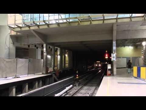 Metro Brussels station Schuman - MIVB/STIB Type U2/U3 en BOA