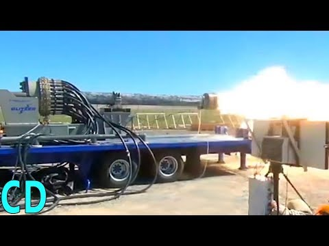 Electromagnetic Railguns  - The U.S Military's future Superguns - 200 mile range Mach 7 projectiles