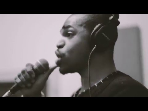 KAMAU - Hometown Glory [Interpretation] Live