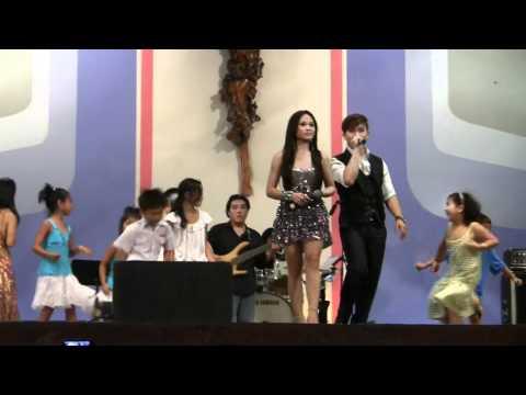 +)HTM Maria days 2010 -  Đoàn Phi & Ánh Minh va` Nhóm Nhảy nhí :) Ti
