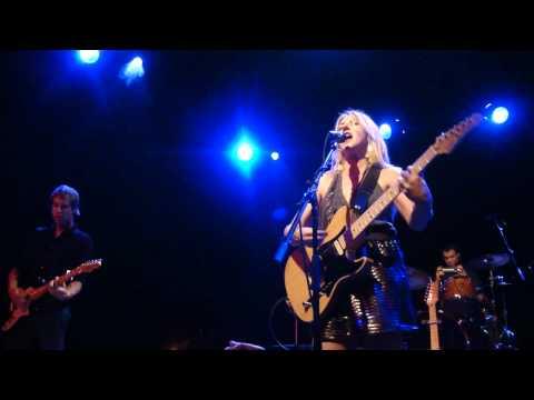 Liz Phair - Mesmerizing