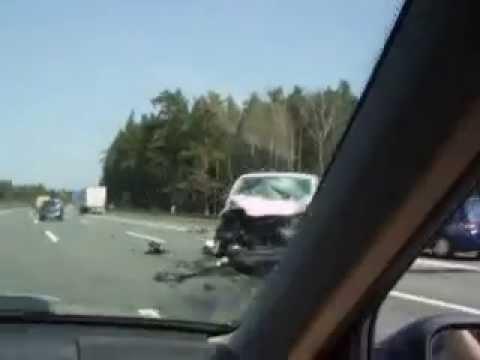 brutal car crash in germany speedway 2011-04-22