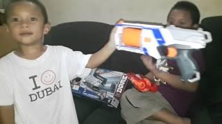 Kanzler Ibrahim & Marshal Muhammad try the new nerf gun 😊