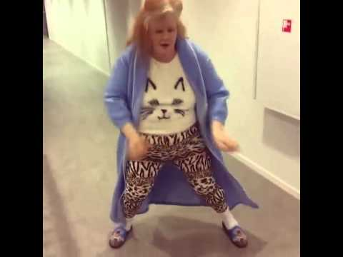Download Best dance moves ever! - Gerrie goes crazy doing Teach me how to dougie!!#1