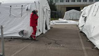 Ospedale da campo: le operazioni di allestimento della Croce Rossa al San Timoteo