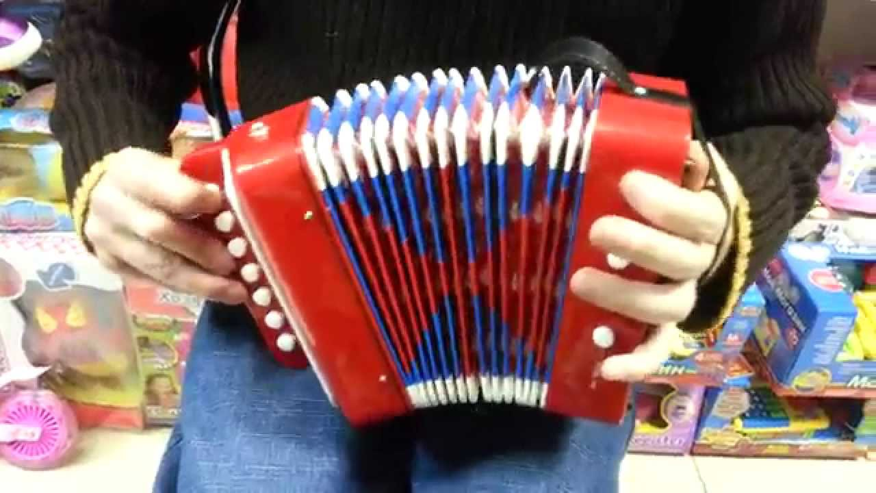 Учимся играть на двухрядной гармошке
