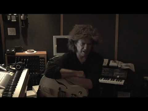 Pat Metheny - Orchestrion FAQ  Question #1