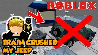 SPEEDING TRAIN CRUSHED MY JEEP in ROBLOX | Car Crushers