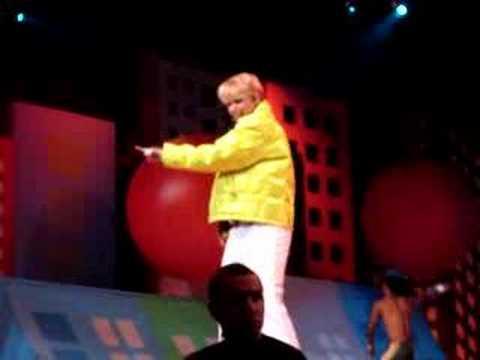 A Vida é uma Festa, show Xuxa Festa - RJ - 22/10/2006