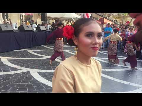 Tari bedana lampung di acara indonesian cultural festival Azerbaijan 2018