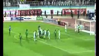 الدقائق الأخيرة من مباراة الجزائر بوركينافاسو بتعليق حفيظ دراجي 19-11-2013