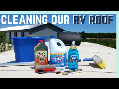 CLEANING OUR RV ROOF AND EXPLORING DOOR COUNTY, WISCONSIN! || RV LIVING