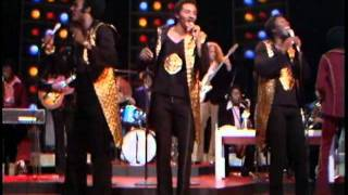 The Midnight Special 1974 - 07 - The O.Jays - Love Train