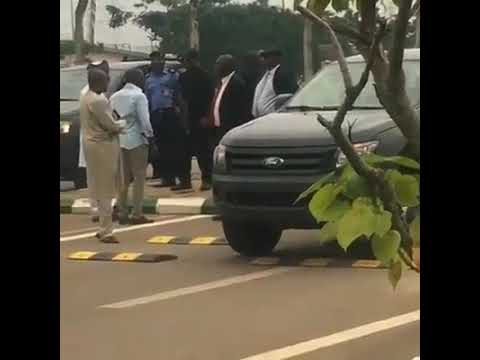 Happening now at the national assembly Abuja. Dss block the entrance to the national assembly Nigeria Democracy is Dying