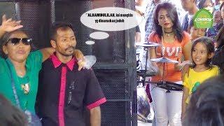 Video Setelah Sekian Lama Berpisah Akhirnya ROMA & ANI Bertemu Di Bengkicot Ampenan download MP3, 3GP, MP4, WEBM, AVI, FLV Juli 2018