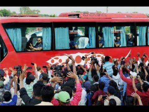 India Vs Australia Cricket Match At Ranchi | Players Arriving By Bus😍 | Virat Kolhi, Ms Dhoni JSCA