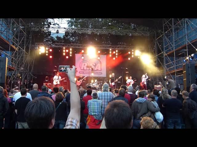 Смотреть видео Es brennt der Wald - Czerwone Gitary 2014 - Germany