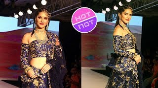 Sunny Leone Rampwalk As A Stunning Bride At Bombay Times Fashion Week 2017