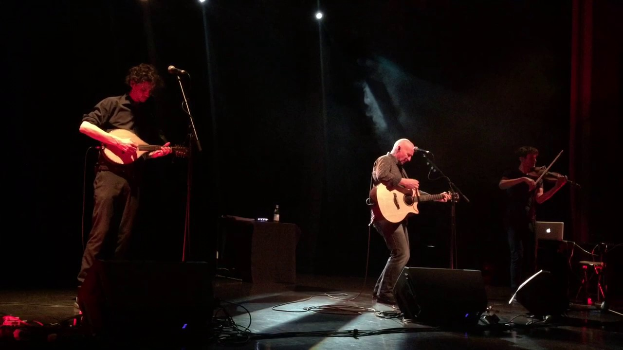 Midge Ure The Gift live from Bideford - YouTube