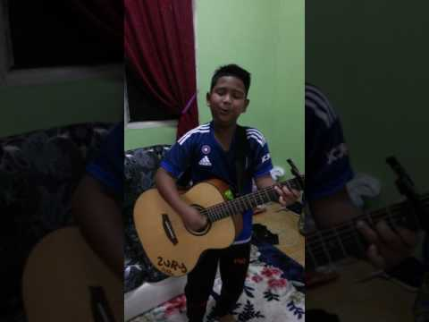 Dia milik orang harry khaifah akustik cover by hazury 12years old