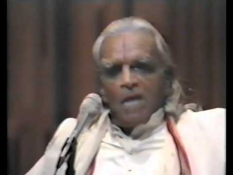 Yoga Mala Demo B.K.S.Iyengar 1984 London (Шри Б.К.С. Айенгар)