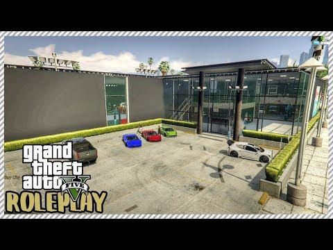 GTA 5 ROLEPLAY - Visiting 'HUGE' New Custom Built Car Garage Shop   Ep. 194 Civ