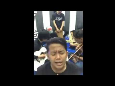 Kenangan masa kecilku by.laoneis Band