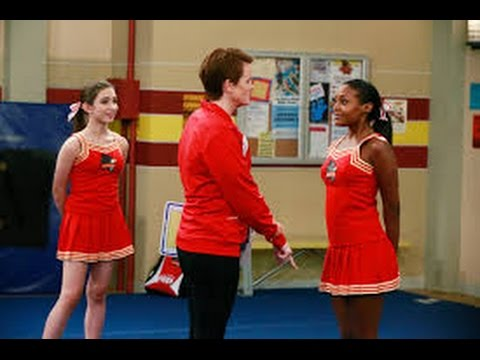 Riley finally makes the Cheerleading team- GMW ep. 19