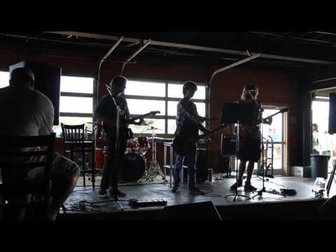 Bonham Heights live, Jacks waterfront bar, May 8th 2016