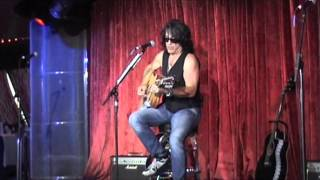Paul Stanley KISS Kruise V: solo, private & acoustic: 5/11 Hold me touch me