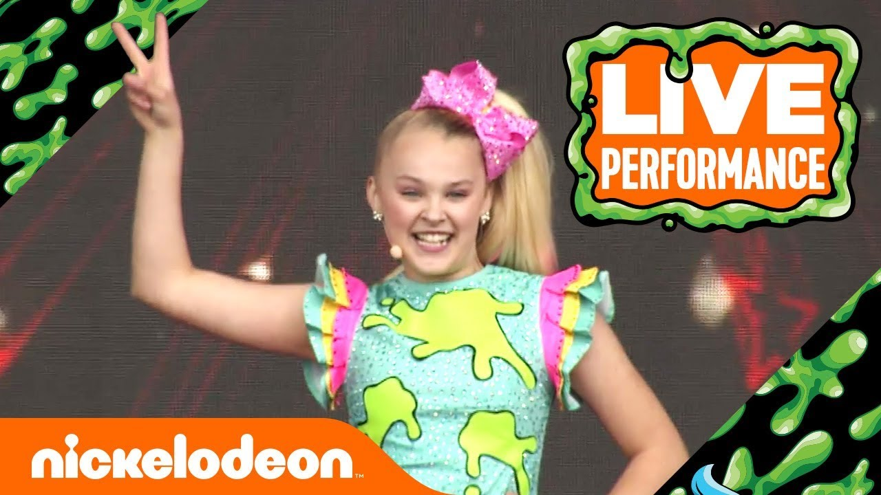 JoJo Siwa Performs  Kid in a Candy Store   49bc88611