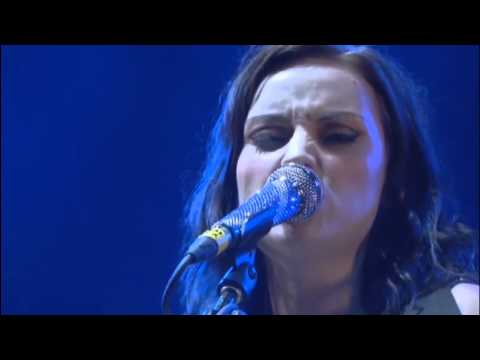 Amy Macdonald - Born to Run (T in the Park 2012)