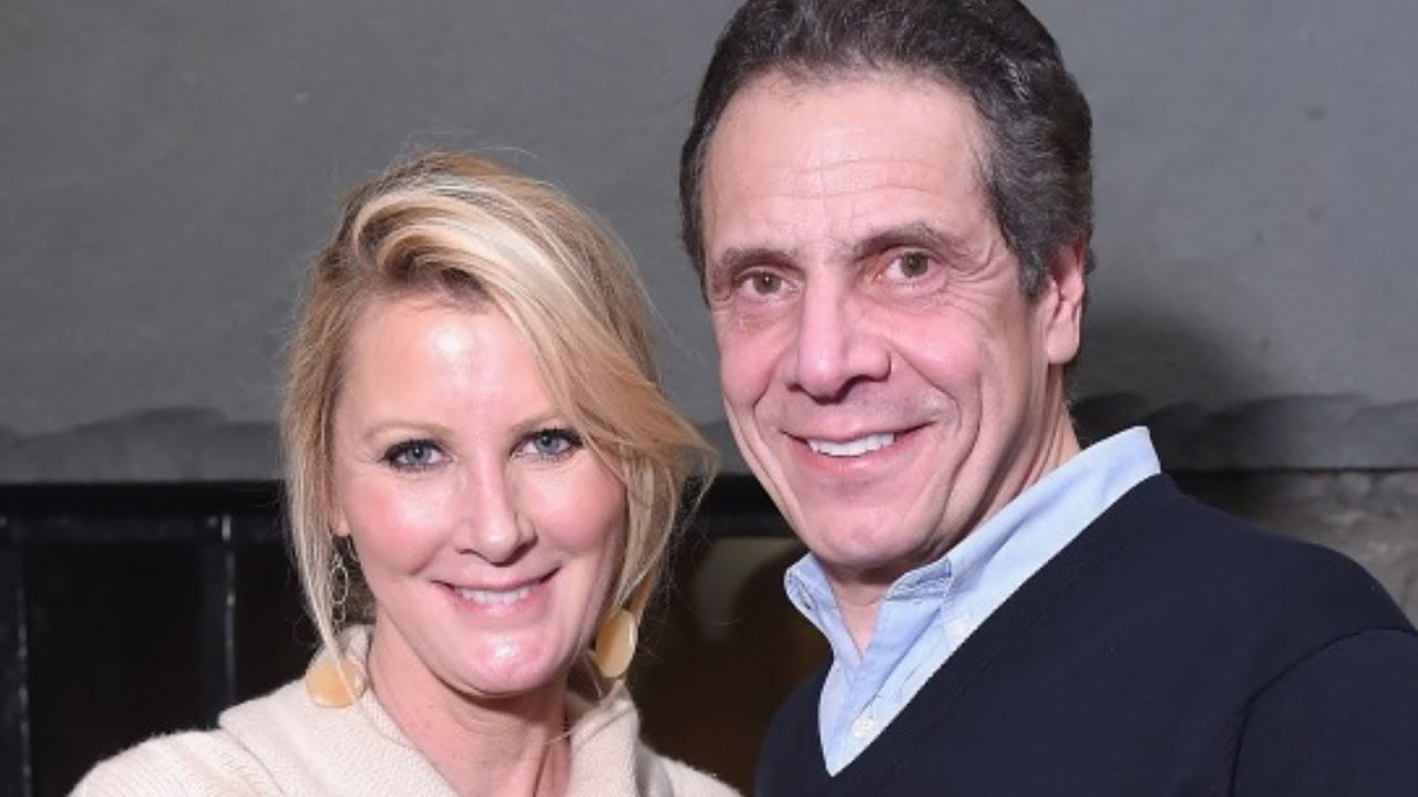 How Sandra Lee Really Feels About Ex Andrew Cuomo Youtube