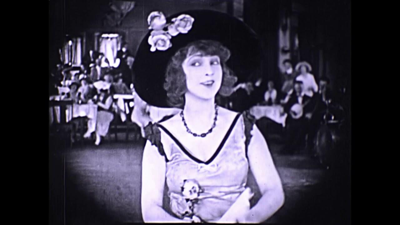 Watch Isabel Granada (1976?017) video