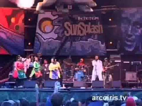 Lucky Dube - Rototom Sunsplash 2005 Part1of4.mpg