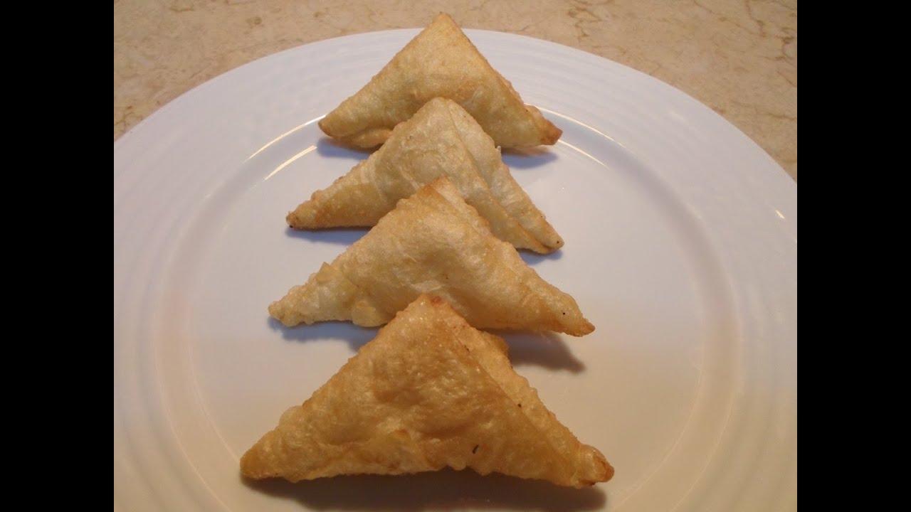 طريقة عمل السمبوسك أو السمبوسة المحشى بالجبنة القريش و الفلفل الرومى و التوابل
