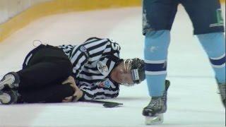 Лайнсмен Садовников получает травму и не может продолжить игру / Linesman leaves with injury