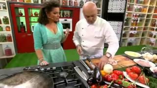 видео Как приготовить долму из виноградных листьев: 4 рецепта восточной кухни