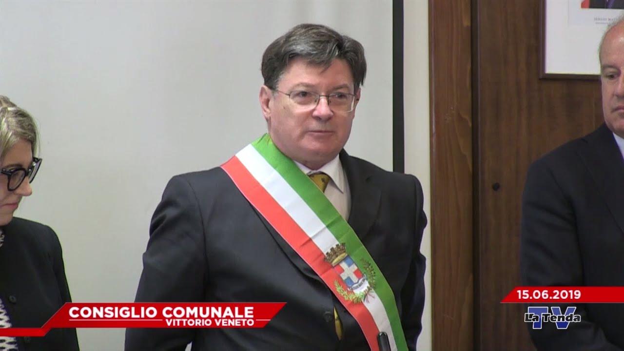 Giuramento del nuovo sindaco di Vittorio Veneto Antonio Miatto