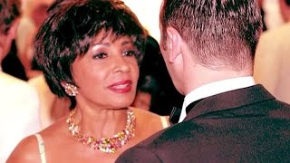Watch Shirley Bassey Easy To Love video