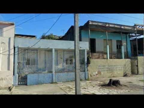 Bus view of Santiago de Cuba and area-Jan 2013.wmv