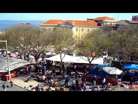 Feira da Ladra em Lisboa.