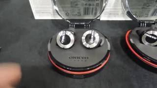 ポタフェス2016:オンキヨー、ケーブルレスBluetoothイヤホン「W800BT」紹介